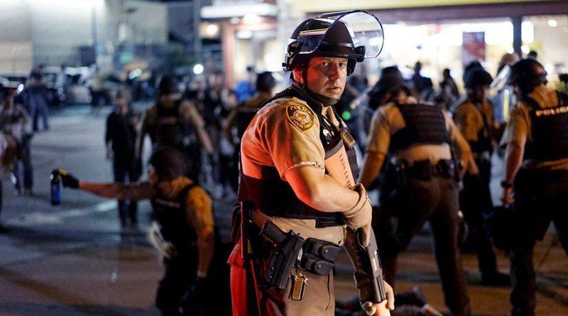 L'ENNEMI, CE NE SONT PAS LES POLICIERS